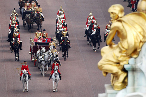 british-royal-wedding-carriage