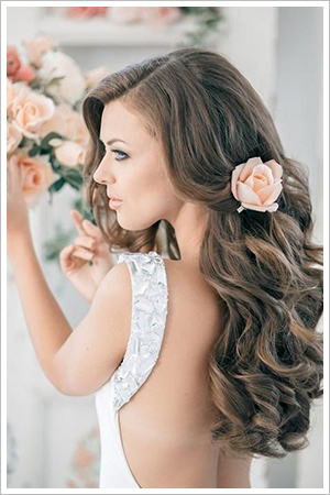 2-wedding-hairstyles-soft-flowing