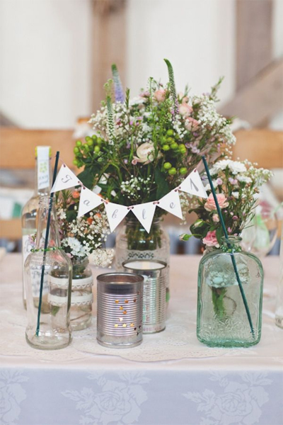 table centre peice bunting