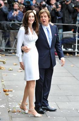 Paul McCartney gets married